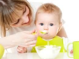 Малыш и тарелка