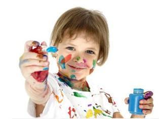 Мальчик и краски