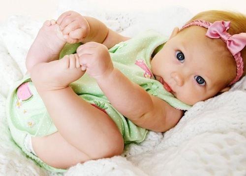 Маленький малыш