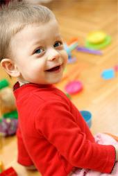 Радостный малыш
