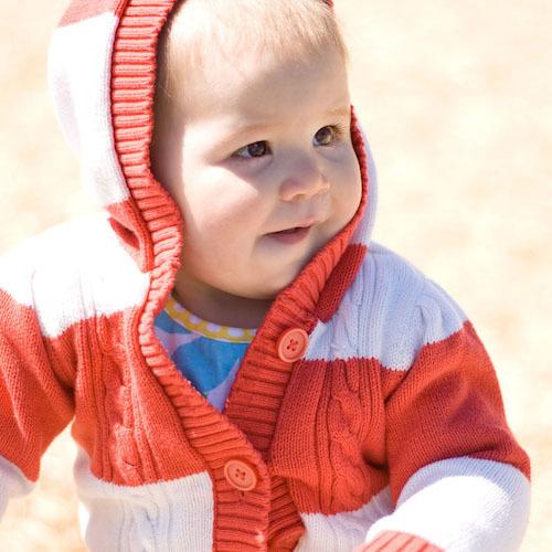 Одетый ребенок