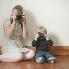 Мама с сыном и фотоаппарат