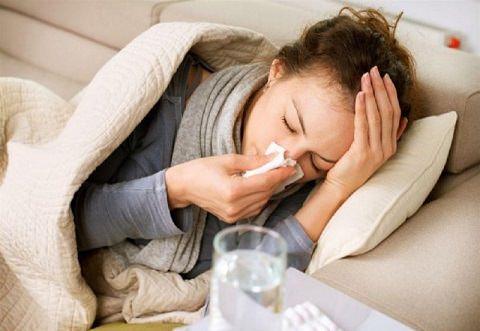 Женщина и простуда