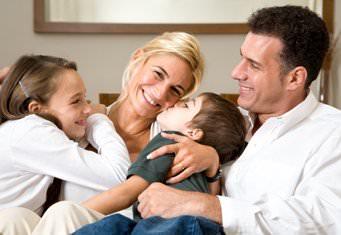Родители и двое детей