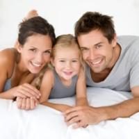 Семья с дочкой