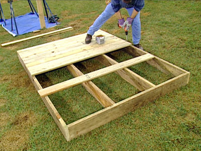 строительство деревянного домика