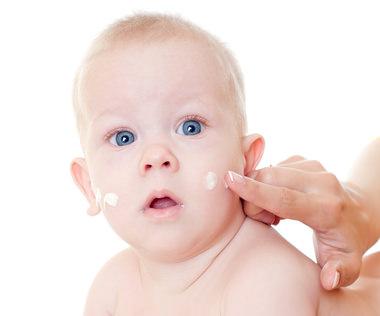 Ребенок и крем