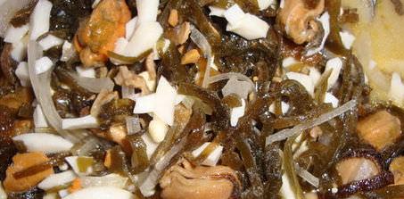 Морская капуста и мидии