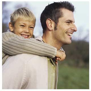 Прогулка отца и сына