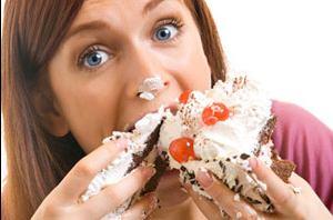Женщина и торт