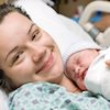 мама и новорожденный ребенок