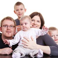 Семья из трех детей